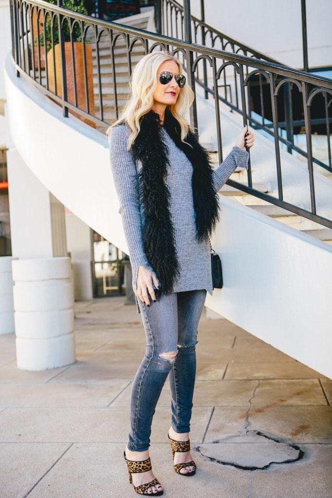 Zara gray sweater 3
