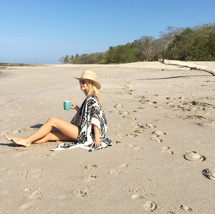 "MONDAY ""MUST-HAVE"" – BEACH COVER-UP"