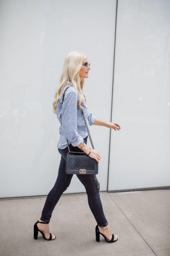 Dallas Fashion Blogger, Chanel Boybag, ripped jeans