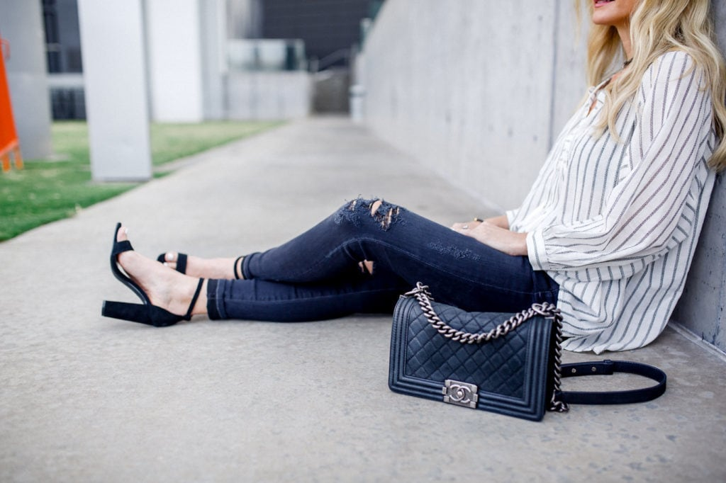 chanel boybag, Dallas Style Blogger, Black Ripped Jeans