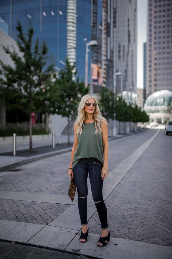 current elliott tee, Dallas Fashion Blogger, Current Elliott black ripped jeans