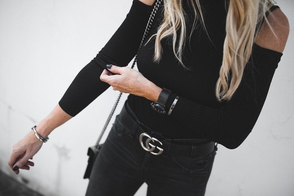 Shoulderless Black Top