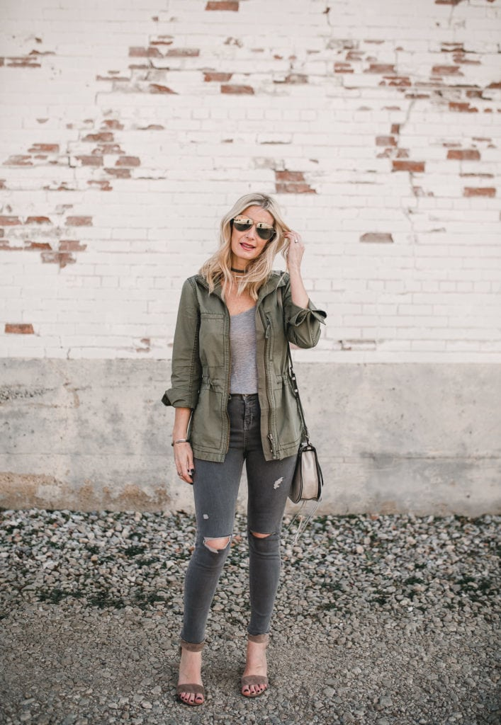 Army Jacket Outfit Spring, Fashion Blogger, Heather Anderson