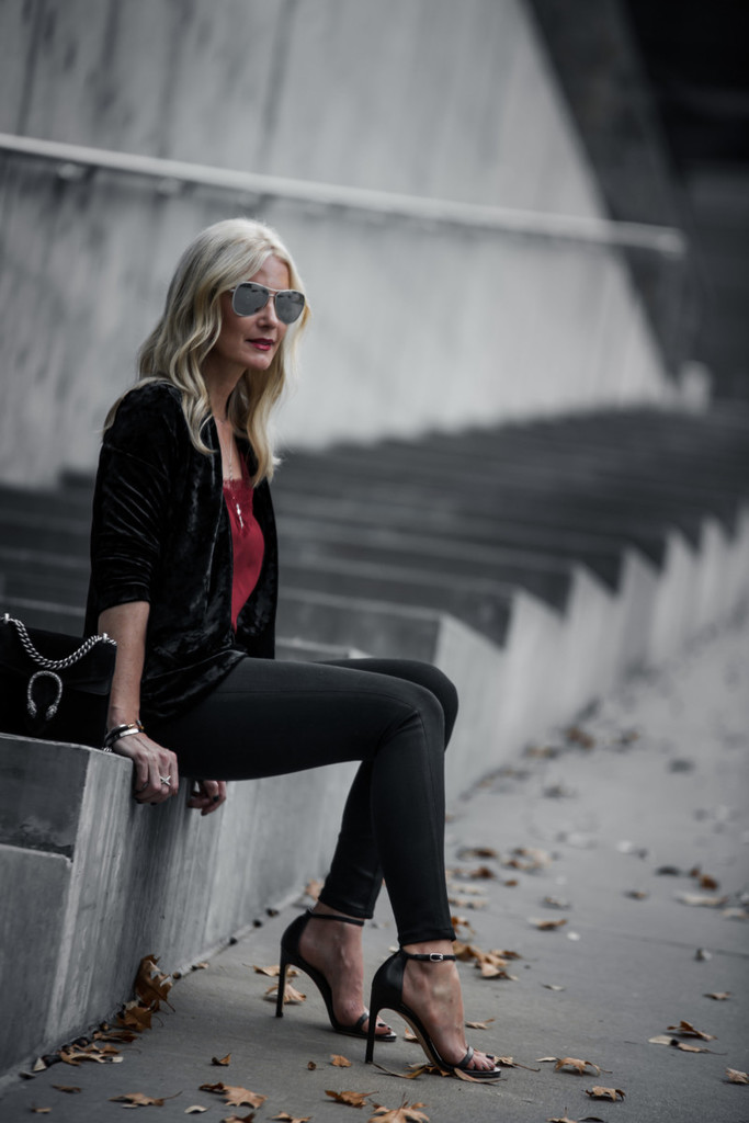 HOLIDAY ATTIRE + $950 NORDSTROM GIVEAWAY