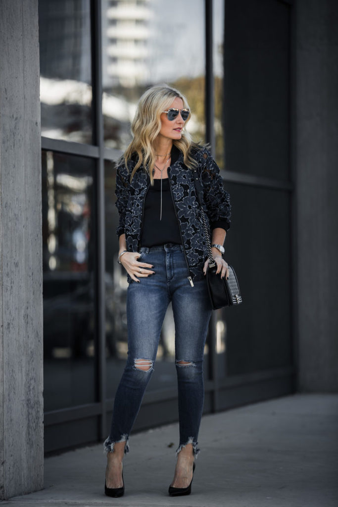 BEST DISTRESSED JEANS ON MAJOR SALE + THE ONLY AFTER CHRISTMAS SALES WORTH KNOWING ABOUT