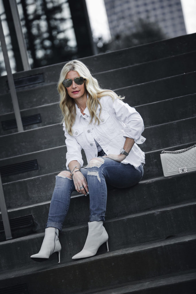 HOW TO STYLE WHITE BOOTIES AND THEY'RE 25% OFF!