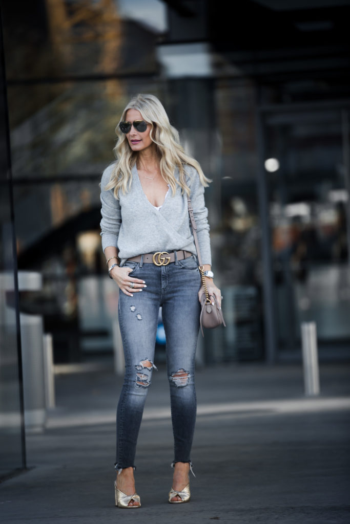 Dallas Fashion Blogger wearing Mother Jeans and Gucci Belt