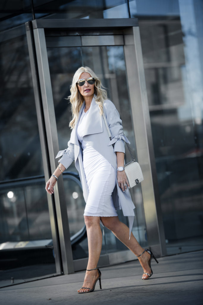 So Heather Dallas Fashion blogger wearing a white dress and heels