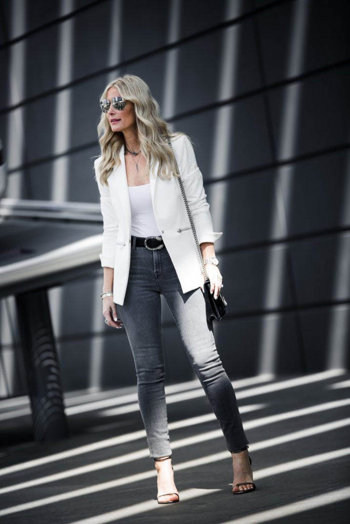 Dallas Fashion Blogger wearing gray jeans and Veronica Beard White blazer