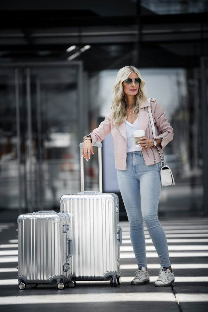 Dallas Fashion Blogger traveling with Ricardo Luggage