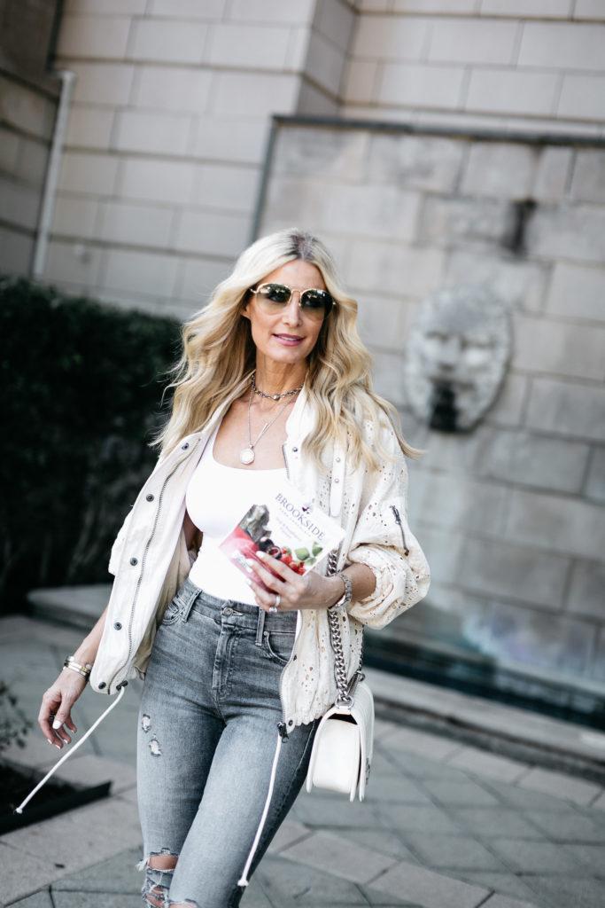 Dallas Fashion Blogger with Chanel Boy Bag