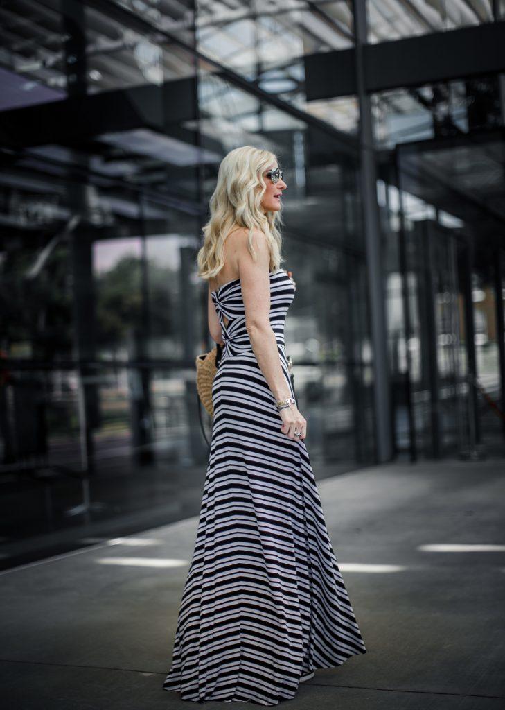 Dallas Fashion Blogger wearing a striped maxi dress