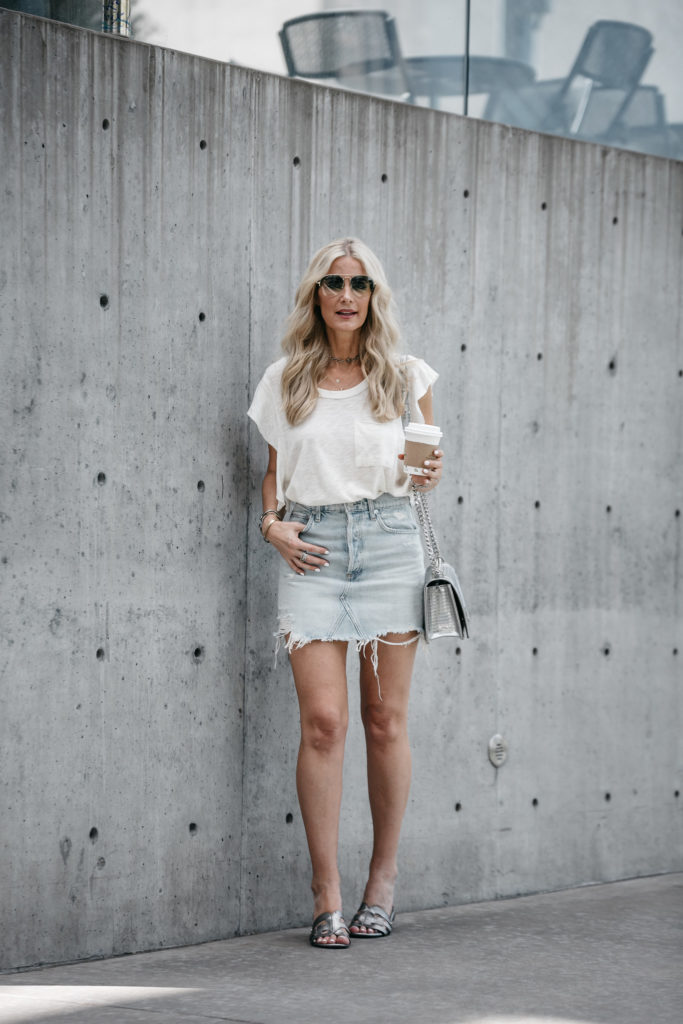 a line ripped denim skirt