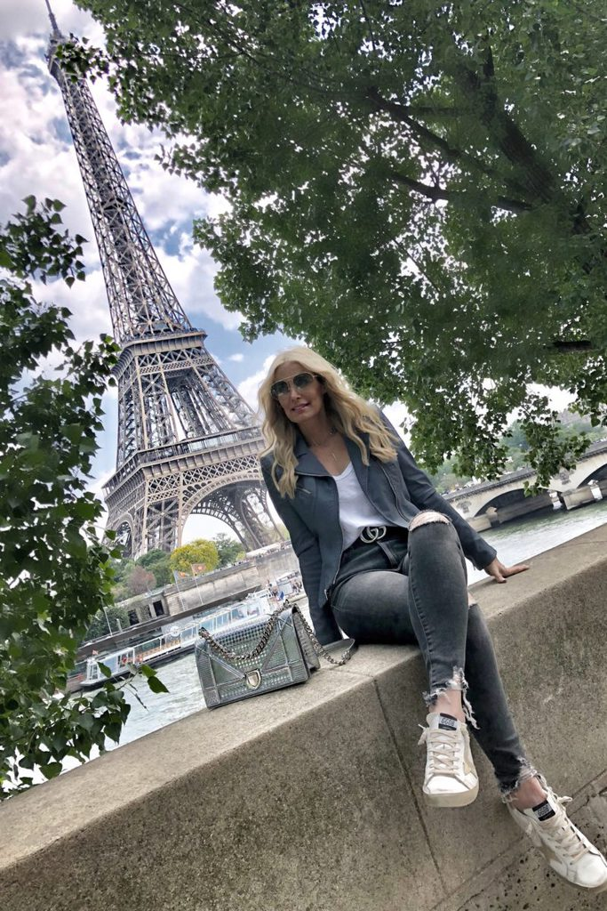 travel guide to Paris and Italy