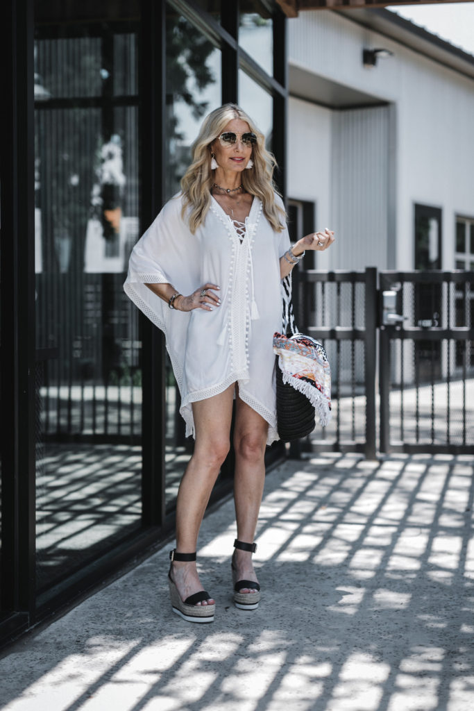Dallas fashion blogger wearing Rachel Zoe's white cover up