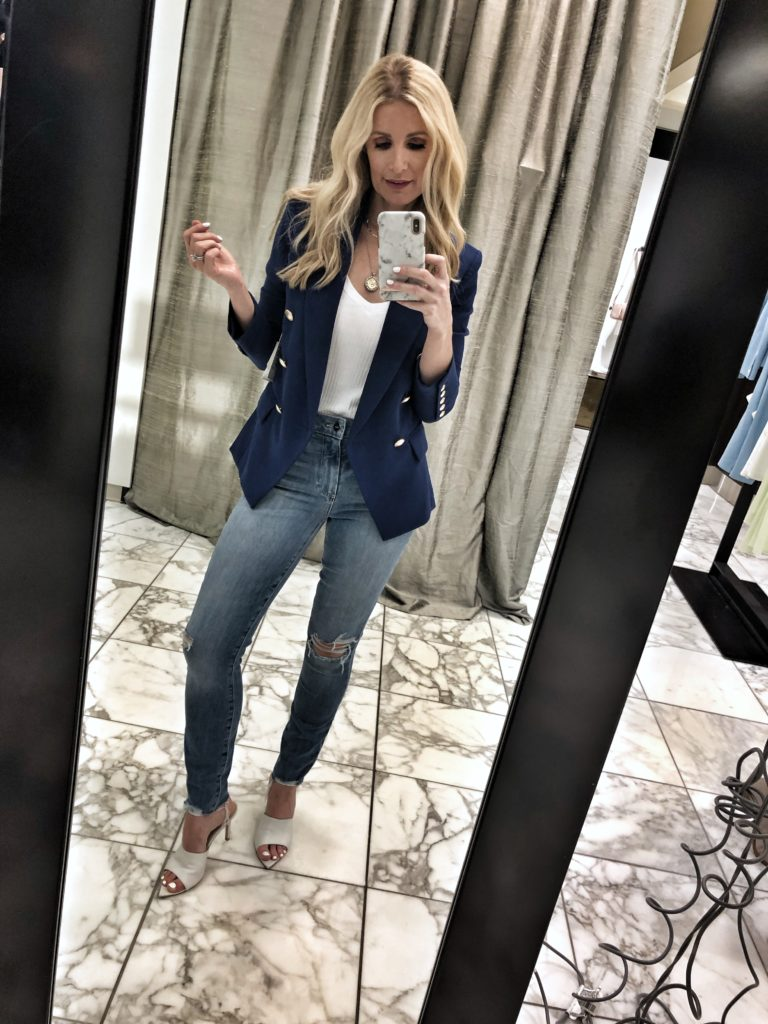 Dallas blogger wearing a L'agence blazer and Paige jeans