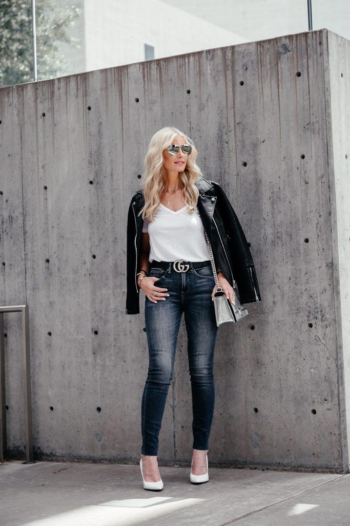 Dallas fashion blogger wearing Good American Jeans and black moto jacket