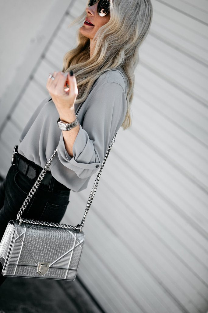Dallas blogger carrying Dior handbag
