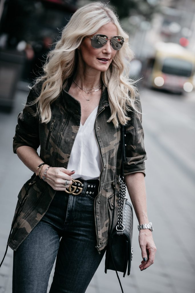 Dallas blogger wearing Camo jacket and Gucci belt