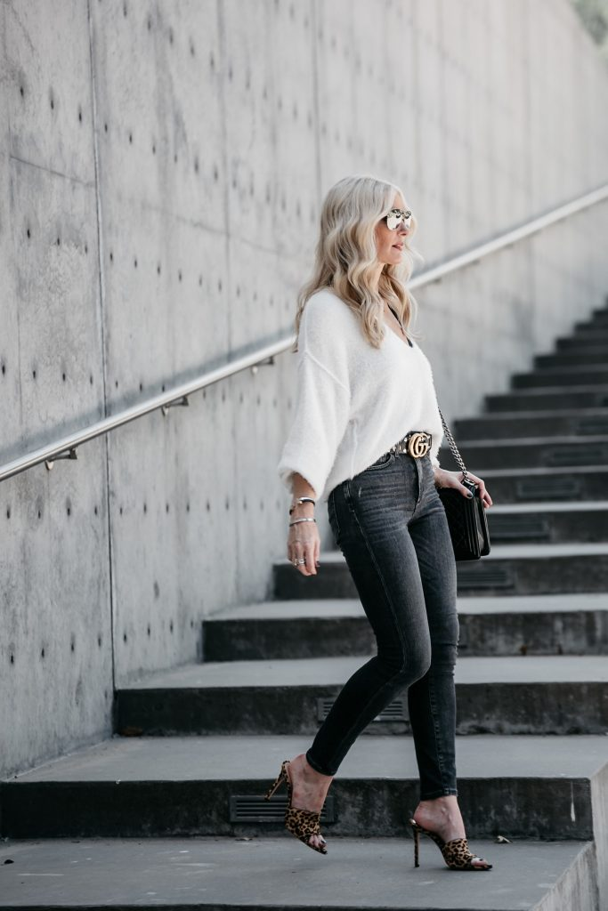Dallas style blogger wearing white sweater and Gucci Belt