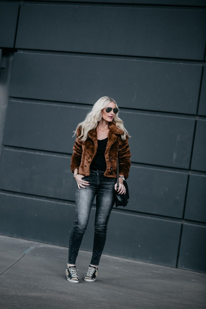 Faux fur jacket and Golden Goose Sneakers