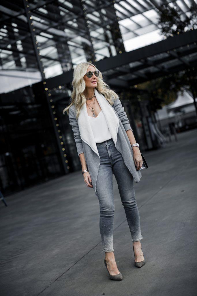 Dallas style blogger wearing Karen Kane Cardigan