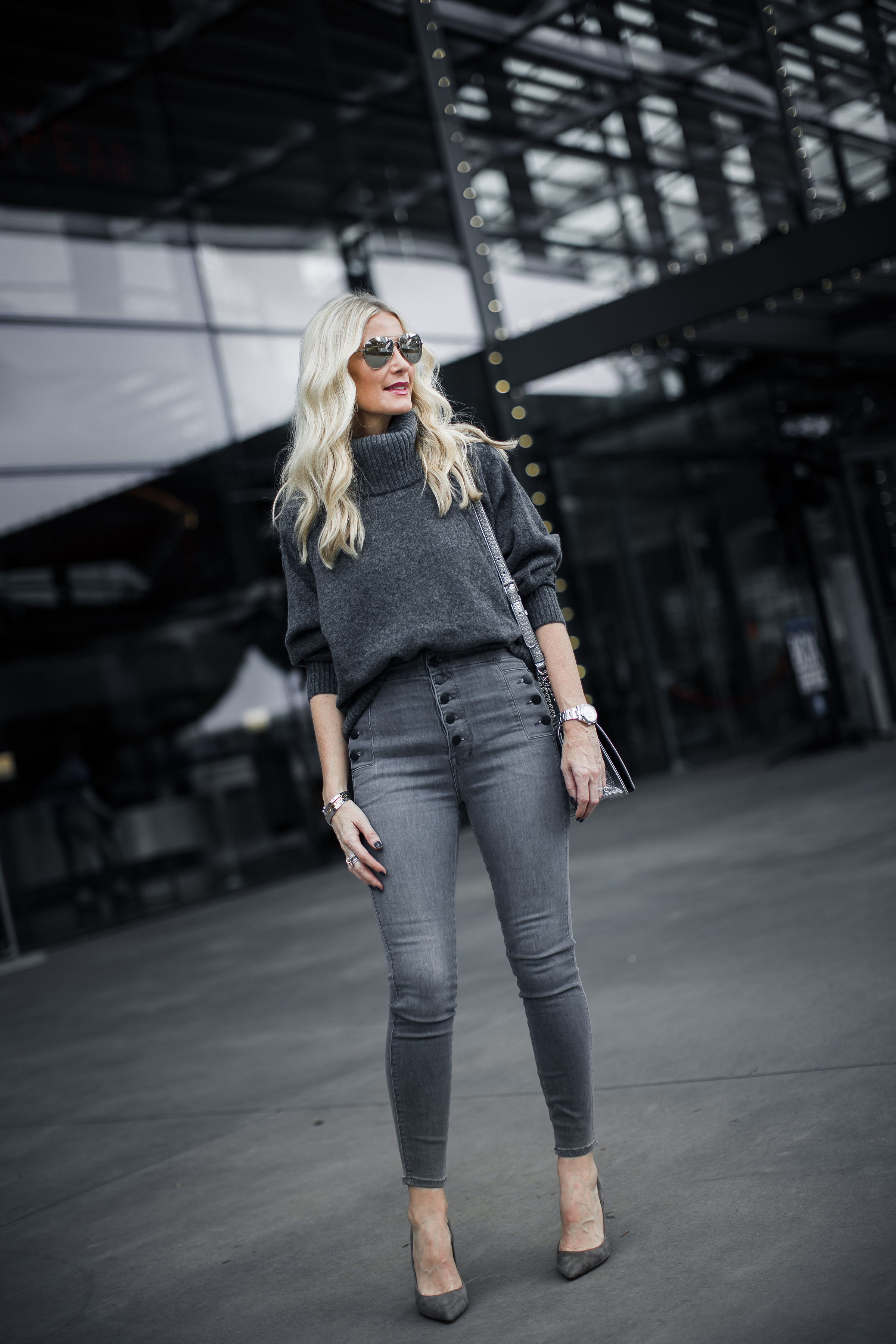 Dallas style blogger wearing J Brand Natasha jeans