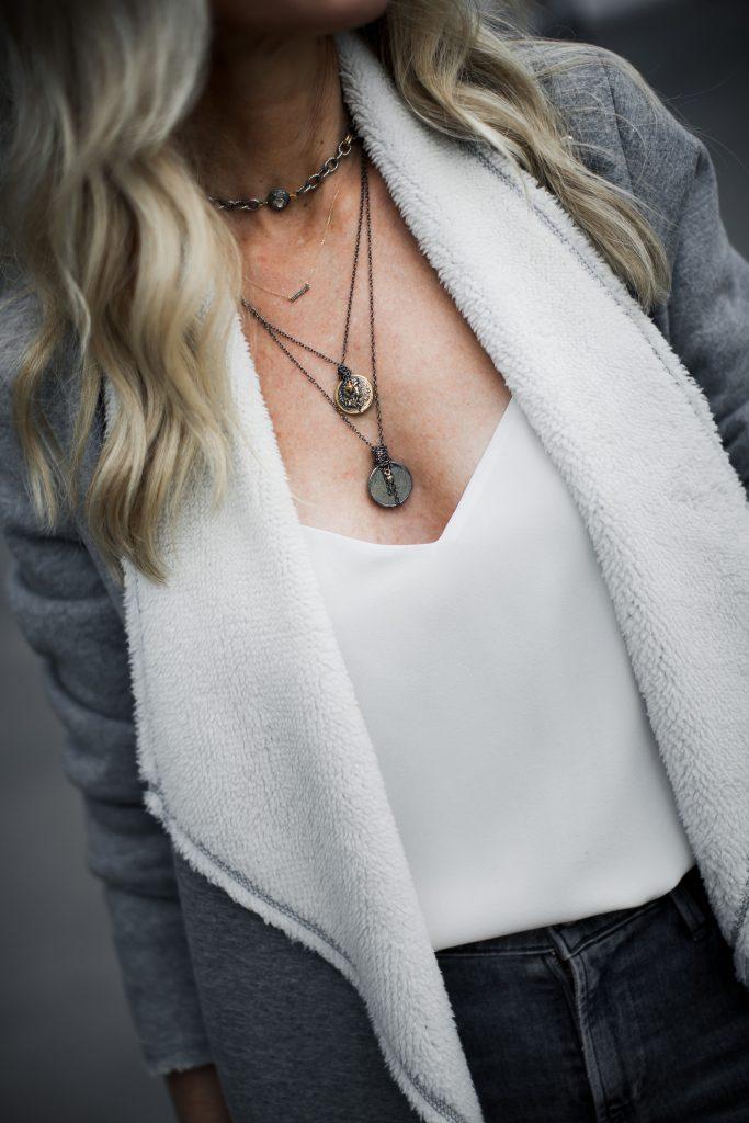 Dallas fashion blogger wearing Harper Hallam necklace