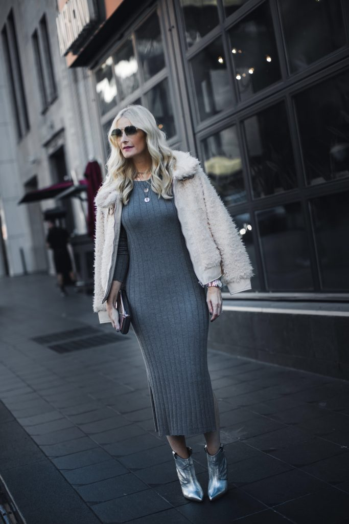 755ae8f2c176 Good morning gorgeous ladies! I ve written about why I think the midi dress  is the most flattering for all ages before so it s no surprise I m styling  ...