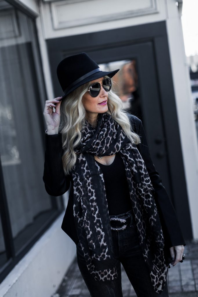 Dallas style blogger wearing Rag and Bone hat