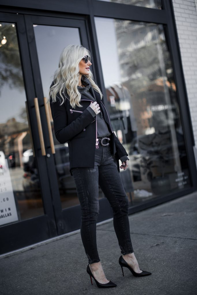 Veronica Beard blazer on Dallas fashion blogger