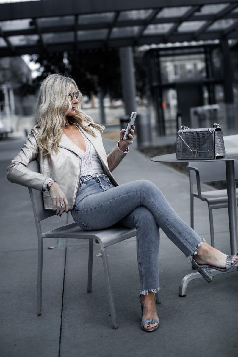 Dallas blogger weairng metallic moto jacket