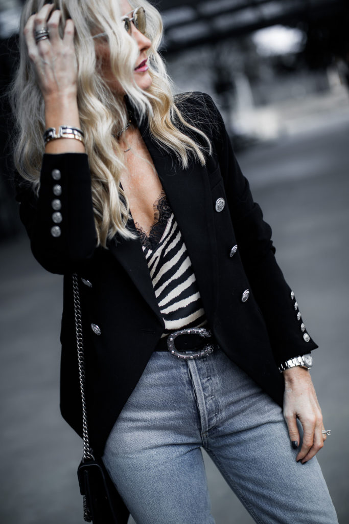Dallas Blogger wearing Balmain blazer dupe and Gucci belt