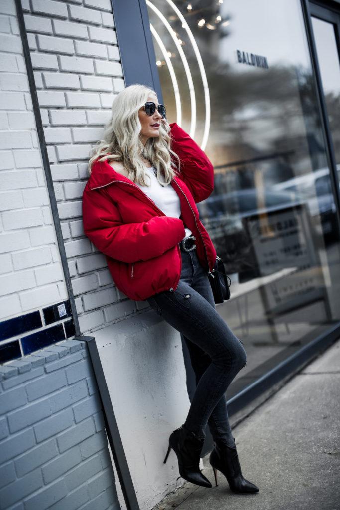 Dallas fashion blogger wearing Karen Kane puffer jacket