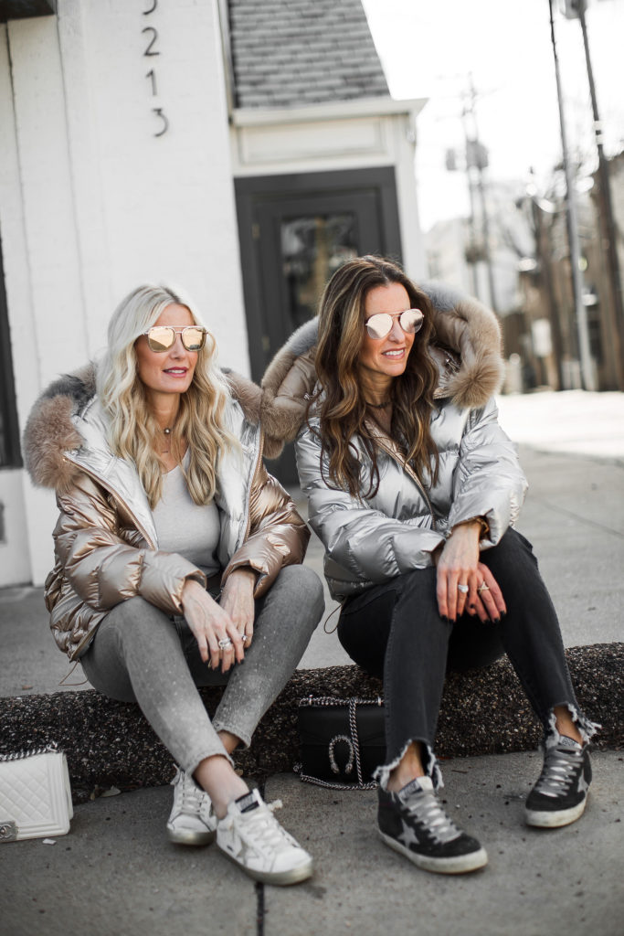 Dallas bloggers wearing Harper Hallam puffer jacket