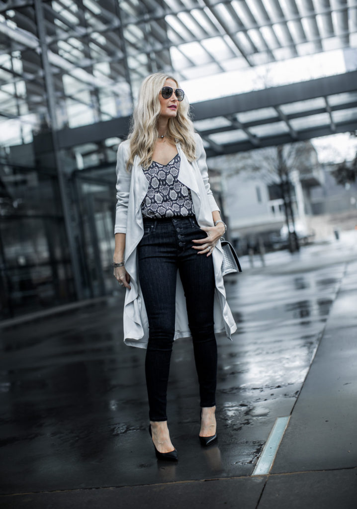 Dallas blogger wearing Parker Smith jeans and Topshop cami