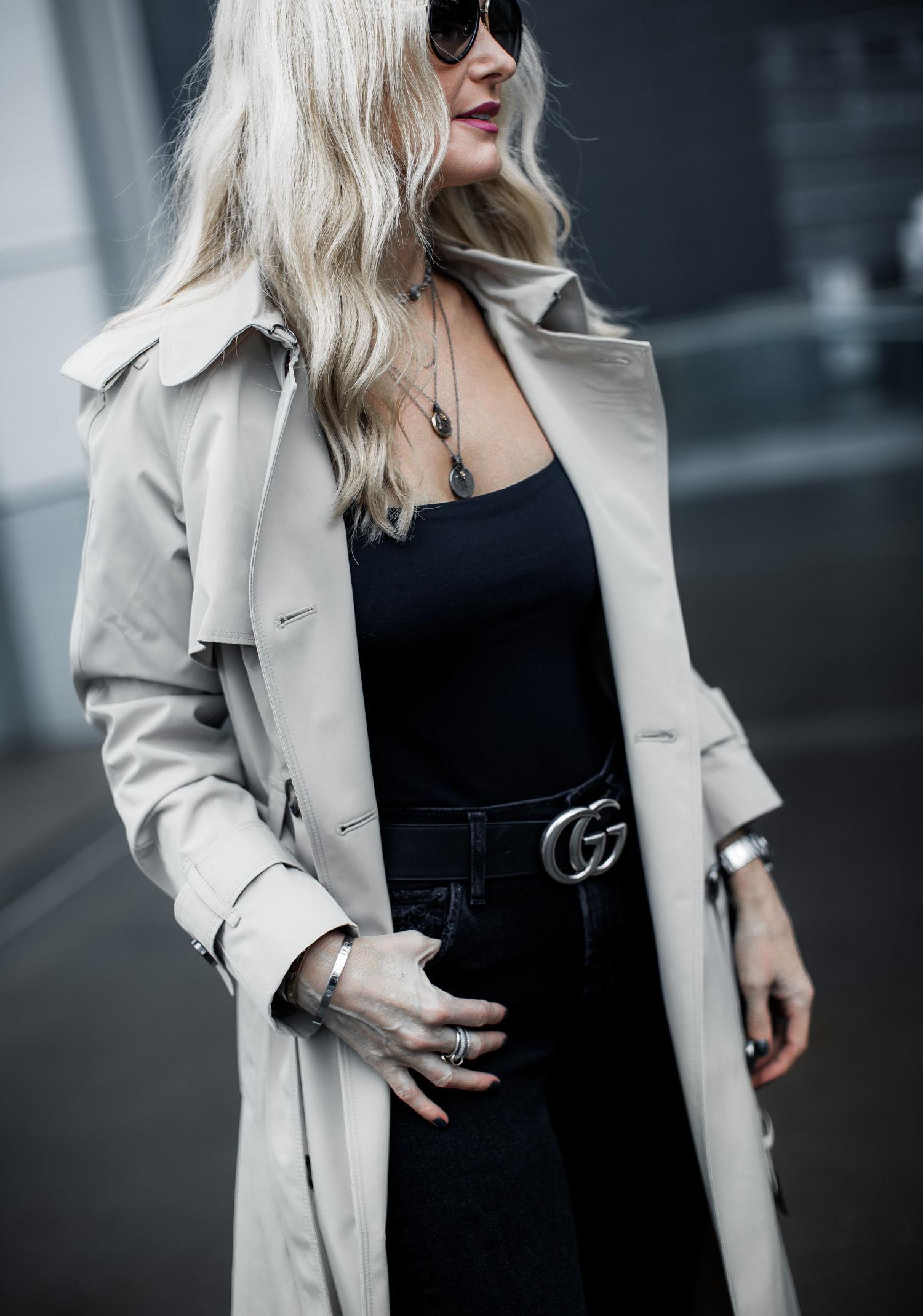 Dallas blogger wearing tan trench coat