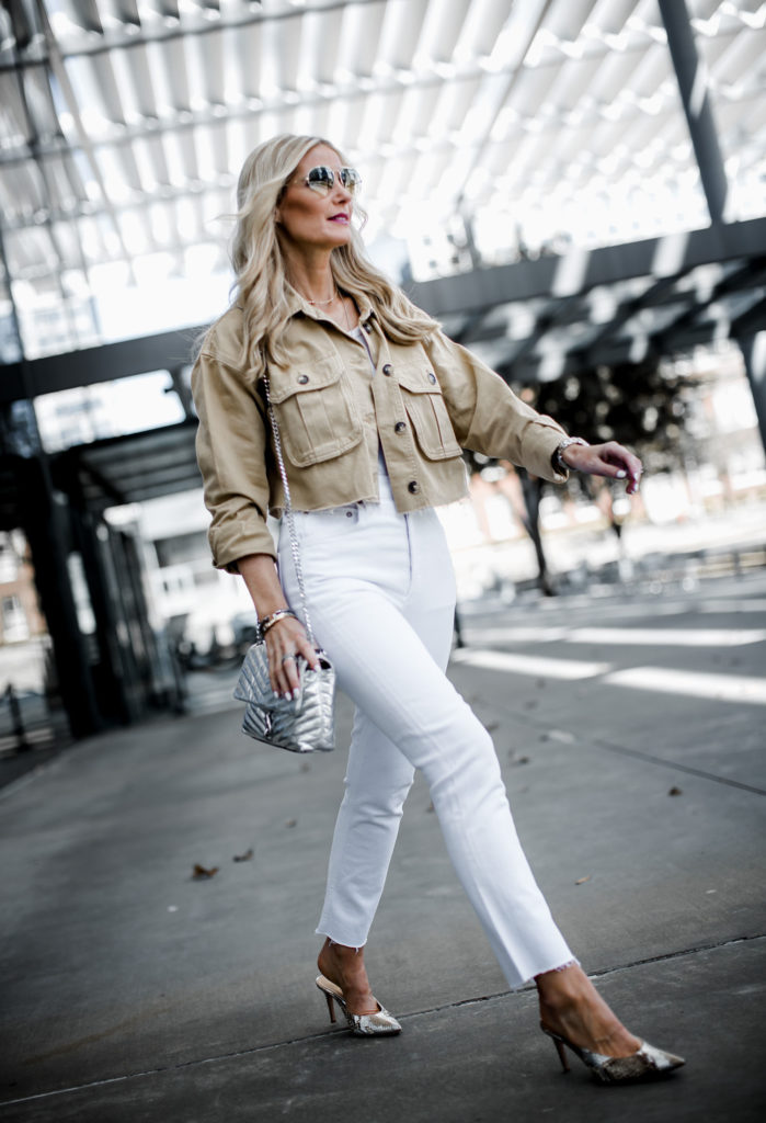 High rise ankle length white jeans on Dallas fashion blogger