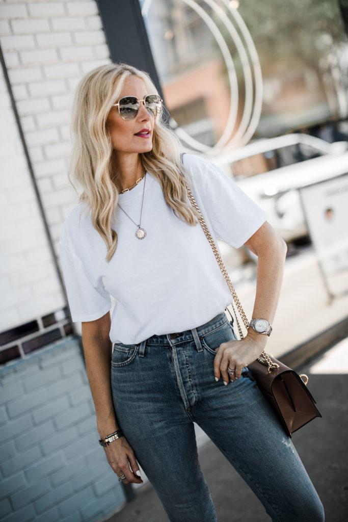 Dallas fashion blogger wearing an affordable white t-shirt