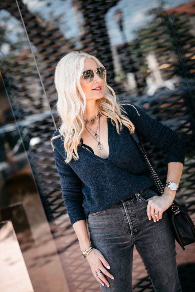 Dallas blogger wearing a Madwell sweater