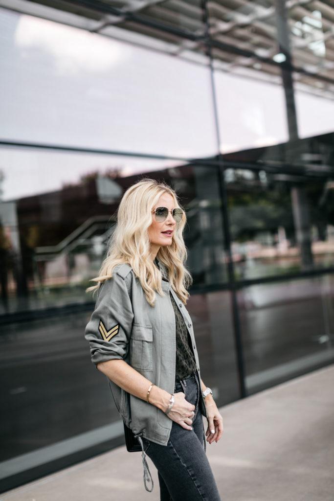 Dallas fashion blogger wearing an affordable fall jacket