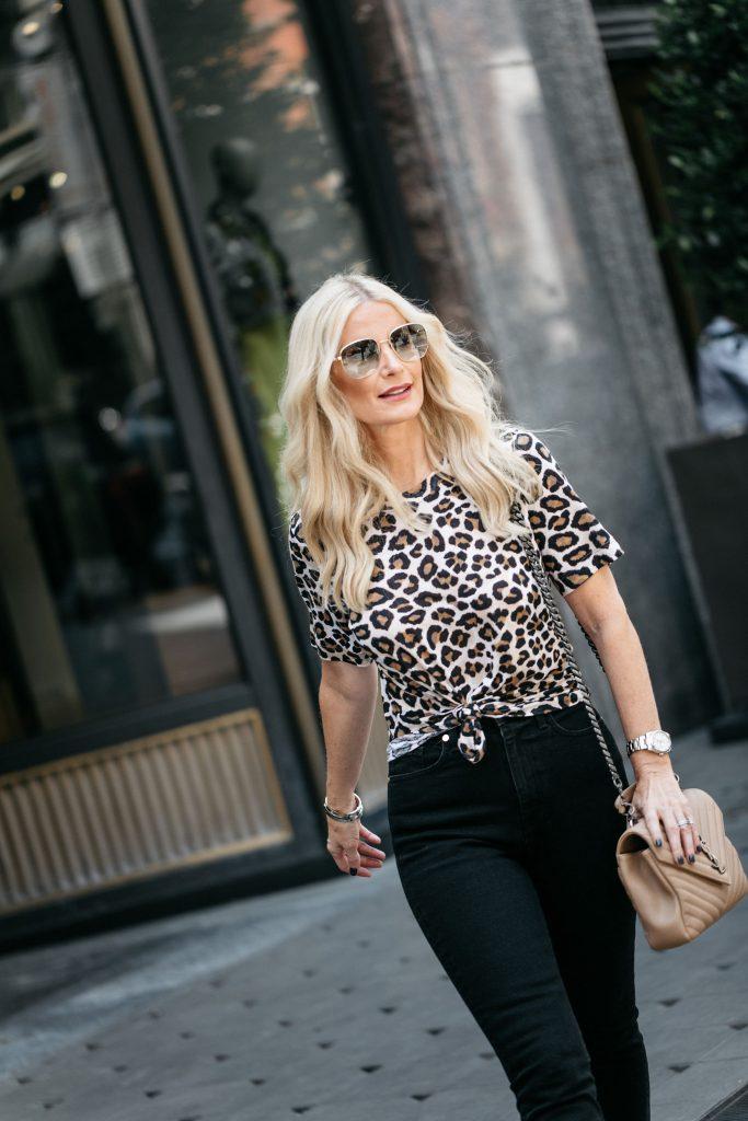 Dallas fashion blogger wearing a leopard tee