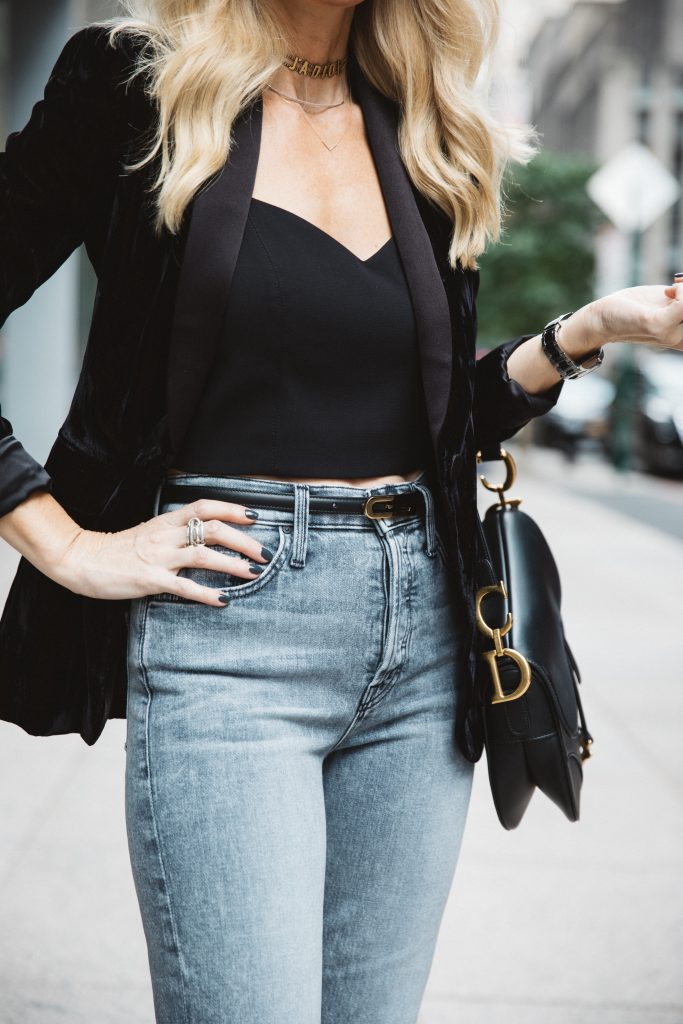 Dallas blogger wearing a Dior choker and gray mother jeans