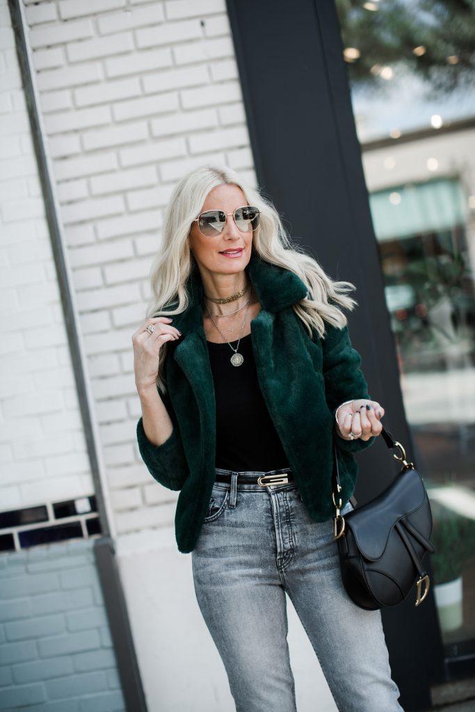 Dallas fashion blogger wearing a Blanknyc faux fur jacket