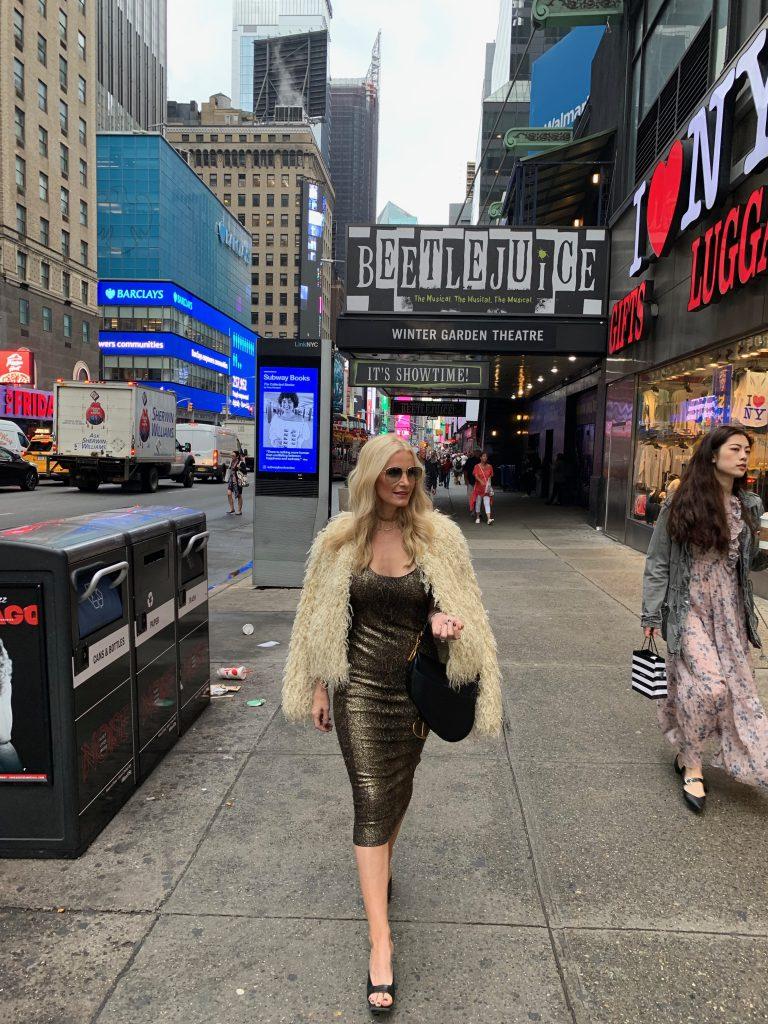 Dallas blogger wearing a Michael Kors faux fur jacket