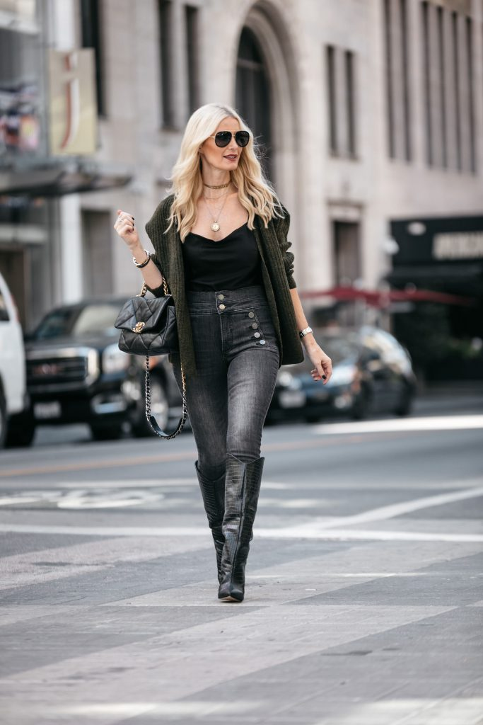 Dallas fashion blogger wearing chanel handbag and black cami