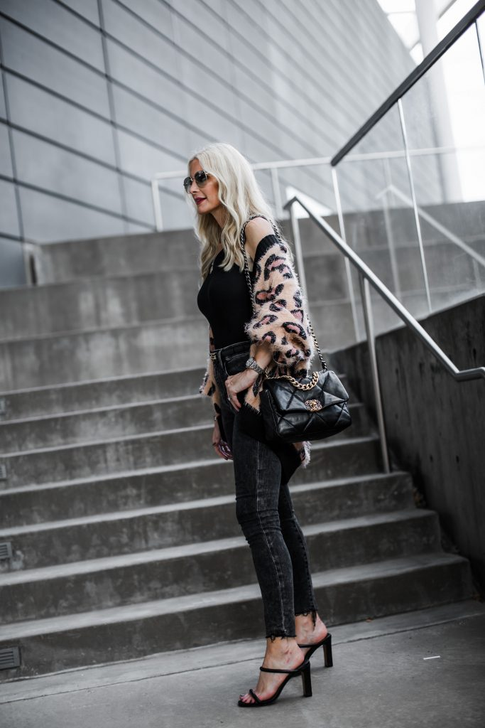 Dallas Fashion Blogger Wearing Frame Denim