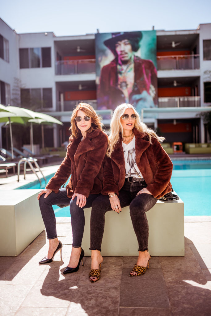 Dallas Fashion Blogger Wearing A Faux Fur Jacket
