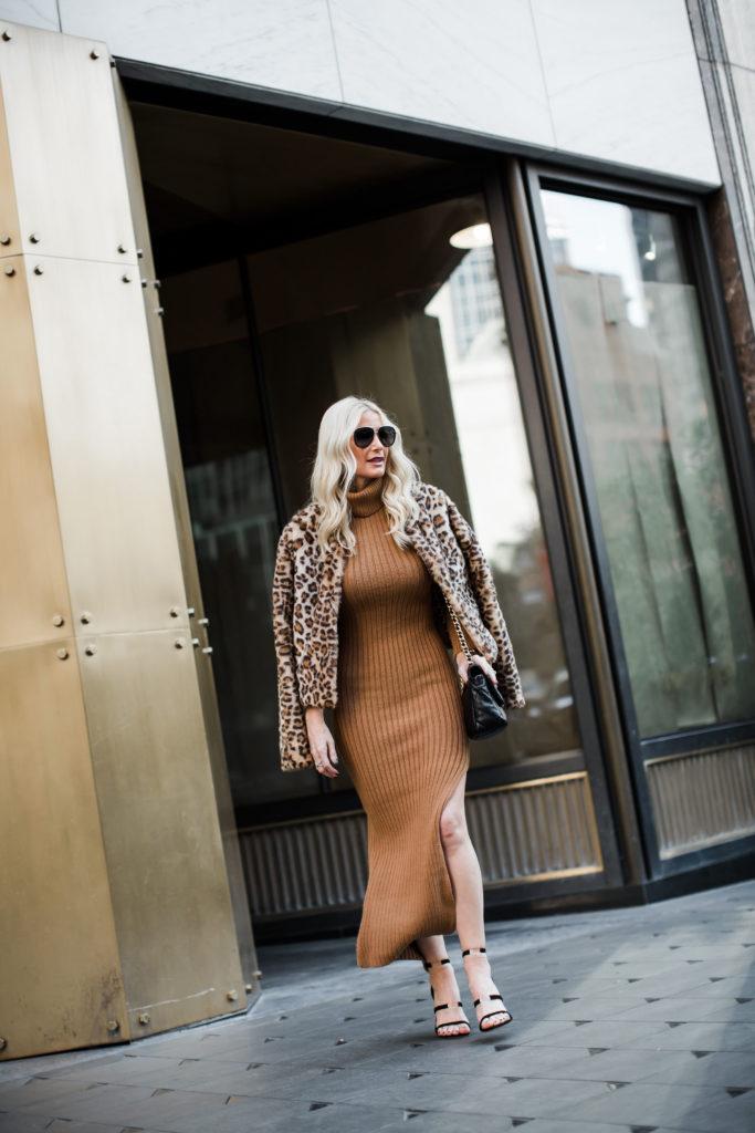 Dallas fashion blogger wearing a sweater dress