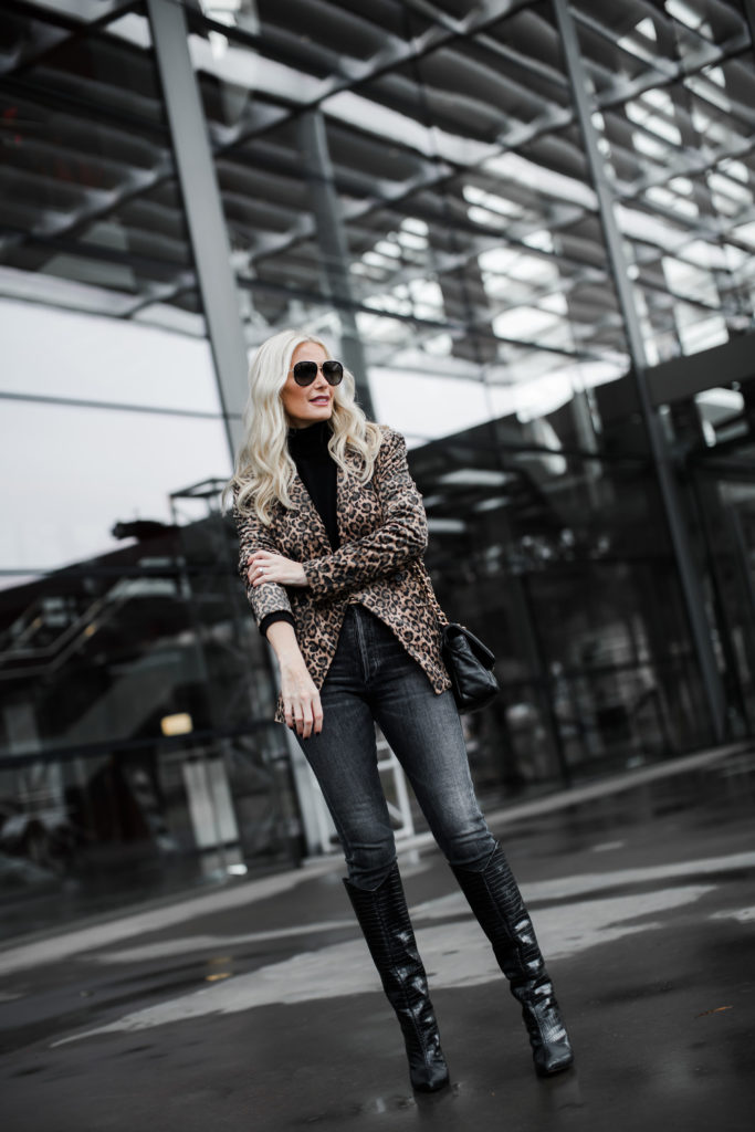 How to wear a leopard blazer over 40